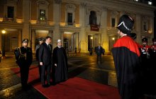 Italian PM officially receives Dr Rouhani, bilateral discussions