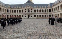 President officially welcomed at Les Invalides