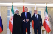 Posing for photos at Fifth Tripartite Summit of Iran, Russia and Turkey